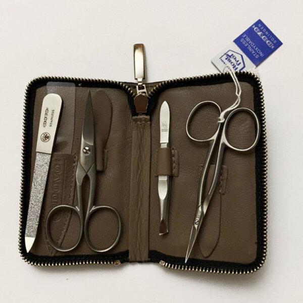 Dovo Manicure Set 5022 066