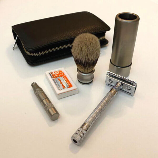 Dovo Merkur Travel Shaving Set
